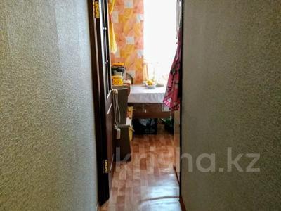 3-комнатная квартира, 54.5 м², 3/5 этаж, А.Молдагуловой 39 — Пр.Республики за 13.5 млн 〒 в Нур-Султане (Астана), Сарыарка р-н — фото 2