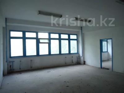 Здание, площадью 6342.52 м², Село Мынбаево, ул.Еламанова 4 за ~ 86.7 млн 〒 — фото 5
