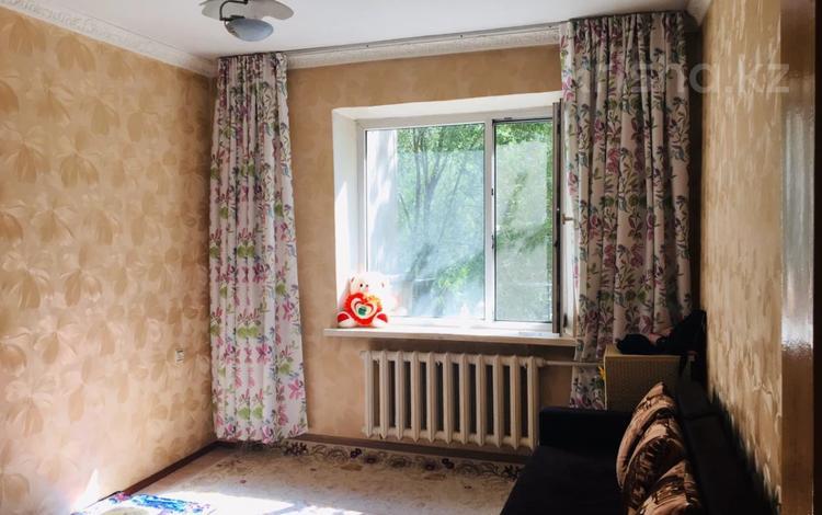 1-комнатная квартира, 34 м², 3/12 этаж, мкр Аксай-1А, Бауыржана Момышулы — Толе Би (Комсомольская) за 13.3 млн 〒 в Алматы, Ауэзовский р-н