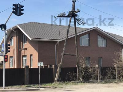 6-комнатный дом, 309 м², 10 сот., Сатпаева 20 — Ерубаева за 85 млн 〒 в Караганде, Казыбек би р-н — фото 2