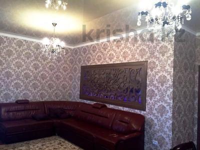 2-комнатная квартира, 70 м², 11/17 этаж помесячно, Кунаева 91 за 150 000 〒 в Шымкенте — фото 5