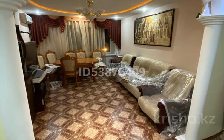 3-комнатная квартира, 63 м², 4/9 этаж, Евразия 108 за 21 млн 〒 в Уральске