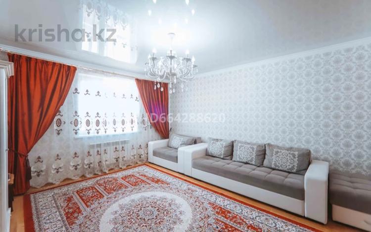 3-комнатная квартира, 76.5 м², 11/12 этаж, Кургальжинское шоссе 27/2 за 30.5 млн 〒 в Нур-Султане (Астана), Есиль р-н