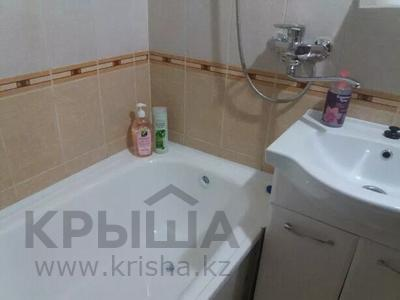1-комнатная квартира, 40 м², 8/9 этаж по часам, Валиханова 156 — Будённого за 1 000 〒 в Кокшетау — фото 3