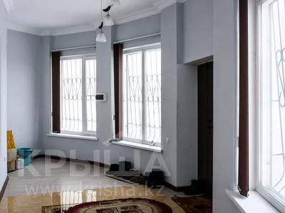 9-комнатный дом, 550 м², 20 сот., Бузык 20 за 115 млн 〒 в Есиль — фото 34