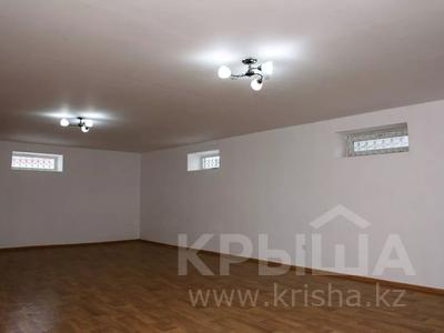 9-комнатный дом, 550 м², 20 сот., Бузык 20 за 115 млн 〒 в Есиль — фото 36