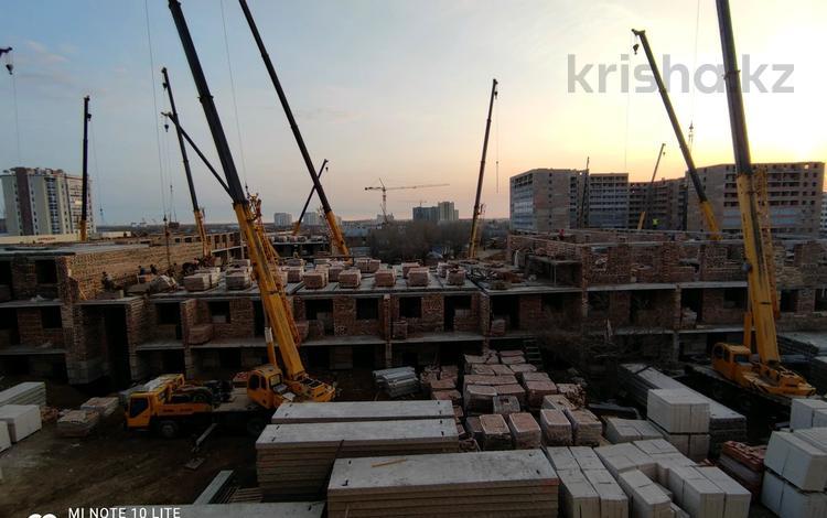 1-комнатная квартира, 32.7 м², 7/9 этаж, Жургенова — А-98 за 7.7 млн 〒 в Нур-Султане (Астана), Алматы р-н