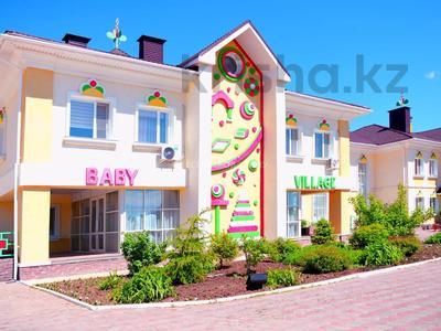 4-комнатный дом помесячно, 220 м², 10 сот., проспект Улы Дала — Алихана Бокейханова за 1 млн 〒 в Нур-Султане (Астана), Есиль р-н — фото 31