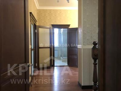 4-комнатный дом помесячно, 220 м², 10 сот., проспект Улы Дала — Алихана Бокейханова за 1 млн 〒 в Нур-Султане (Астана), Есиль р-н — фото 6