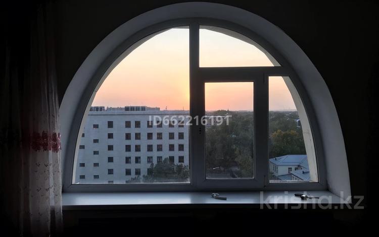 2-комнатная квартира, 72.3 м², 10/10 этаж, Чайковского 22а — Райымбека за 23 млн 〒 в Алматы, Алмалинский р-н
