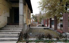 5-комнатный дом помесячно, 136 м², 6 сот., мкр Маяк за 80 000 〒 в Алматы, Турксибский р-н