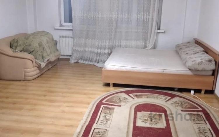 2-комнатная квартира, 75 м², 5/20 этаж, Кенесары за 19.5 млн 〒 в Нур-Султане (Астана), р-н Байконур