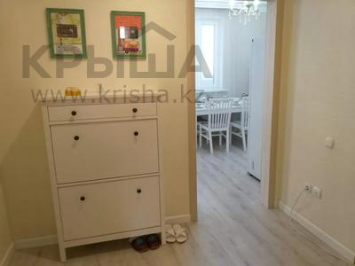 1-комнатная квартира, 50 м², 2/9 этаж посуточно, Сатпаева 2 Г за 10 000 〒 в Атырау — фото 11