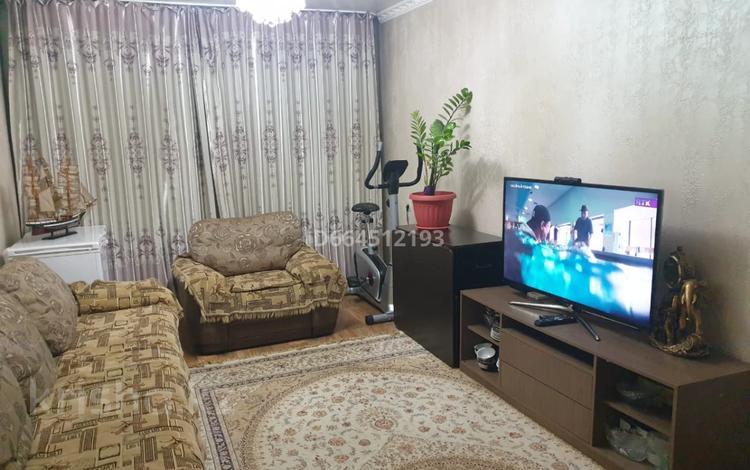 4-комнатная квартира, 75 м², 1/4 этаж, мкр №12, Мкр №12 6 за 29 млн 〒 в Алматы, Ауэзовский р-н