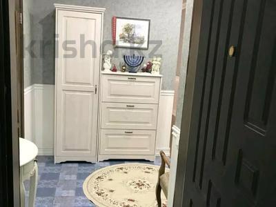 3-комнатная квартира, 115 м², 8/14 этаж помесячно, Хусайнова 225 за 250 000 〒 в Алматы, Бостандыкский р-н — фото 3