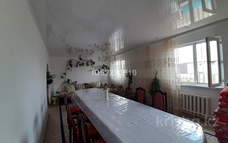 8-комнатный дом, 145 м², 7 сот., Алгабасская 12/1 за 19 млн 〒 в Уральске