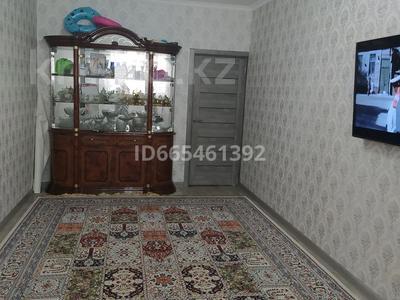 3-комнатная квартира, 70 м², 2/5 этаж, 14-й мкр 29 за 23 млн 〒 в Актау, 14-й мкр