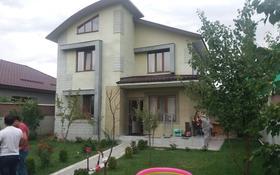 6-комнатный дом помесячно, 300 м², 6 сот., мкр Теректы, Таусамалы за 350 000 〒 в Алматы, Алатауский р-н
