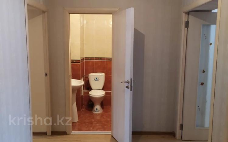 2-комнатная квартира, 60 м², 13/15 этаж, Иманова за 17.5 млн 〒 в Нур-Султане (Астана), р-н Байконур